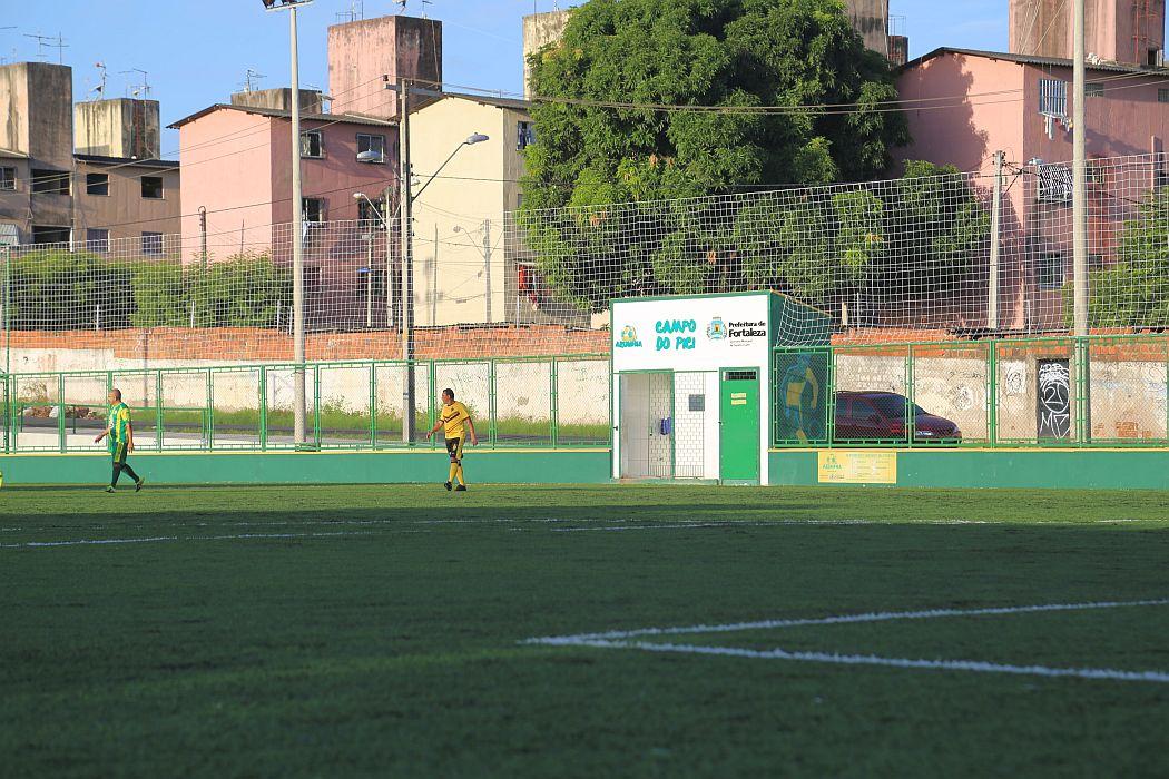 rep6_gal7-Medina-Amador-com-jeitao-profissional