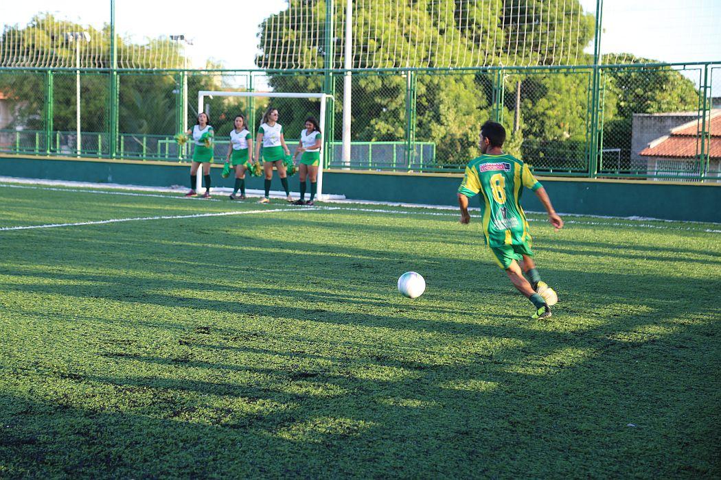 rep6_gal8-Medina-Amador-com-jeitao-profissional