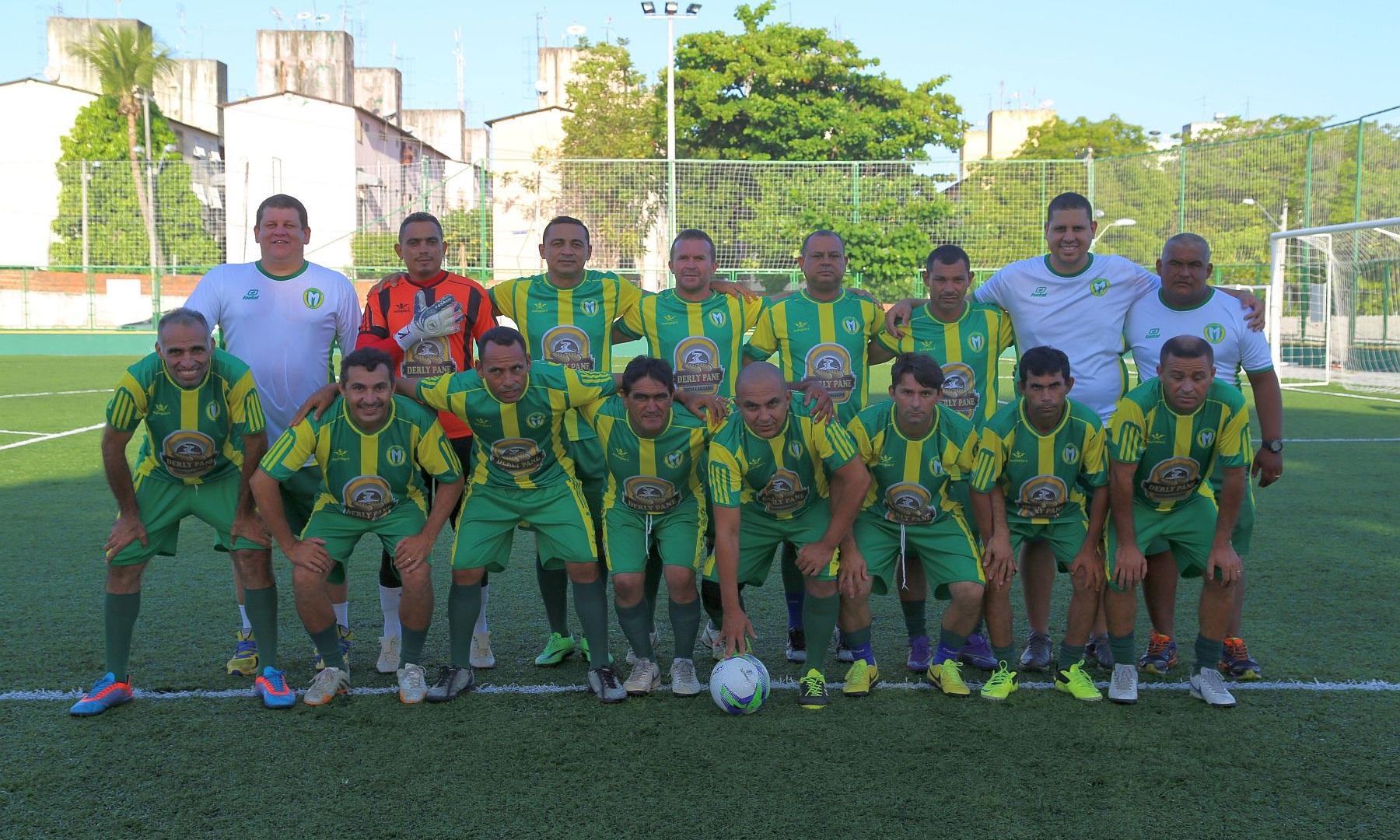 Medina EC - Amador com jeitão profissional