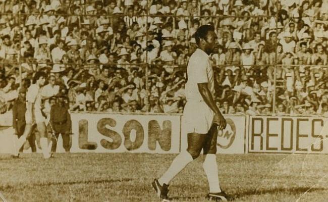 40 anos do jogo 1.000 de Pelé no Santos