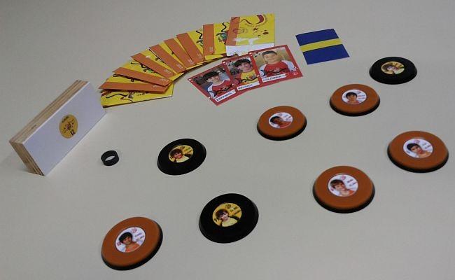Torneio tem botões com rosto de alunos