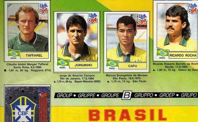 Veja álbuns de Copa do Mundo digitalizados