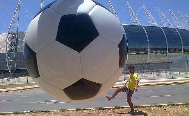 Verminosos celebra sede da Copa de 2014