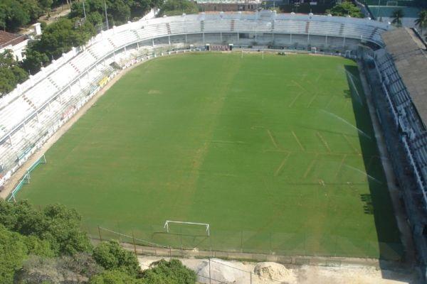 50 estádios mais legais que arenas da Copa do Mundo de 2014