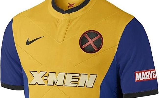 Camisas de futebol de super-heróis