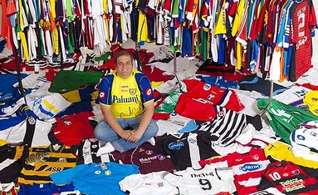 Coleção tem relíquias do futebol paulista