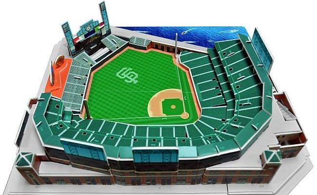 Empresa lança miniaturas da MLB e NFL