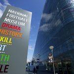 O museu do futebol inglês, em Manchester, ocupa prédio moderno de 6 andares (Foto: Divulgação)