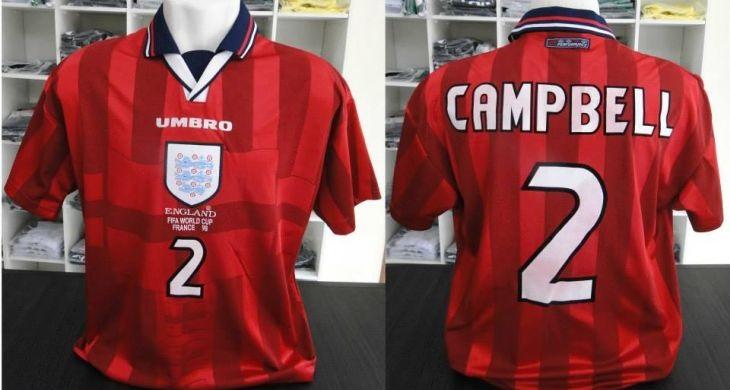 0c62082bab Rodrigo-Herculano-colecionador-de-camisas-de-1998-Inglaterra-reserva ...