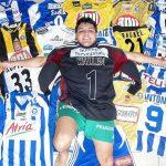 Colecionador de camisas de árbitros de futebol exibe 11 pérolas de ... a00821ef0a196