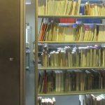 A biblioteca pública localizada no Pacaembu conta com 3 mil livros (Foto: Caio Souza)