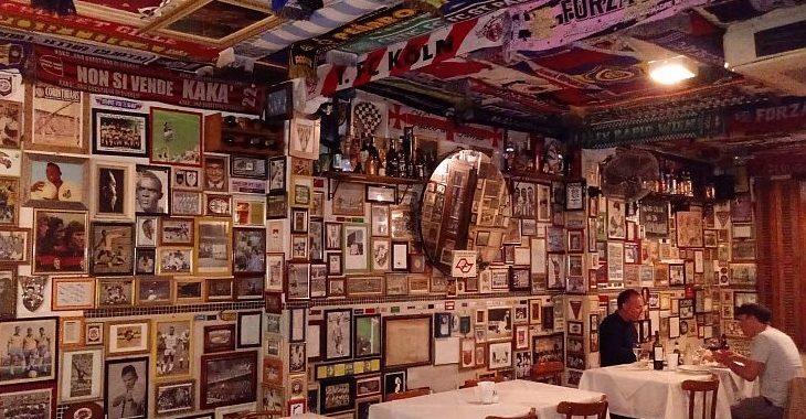 Bar São Cristóvão tem a decoração de futebol mais incrível em São Paulo