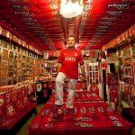 Joaquim Castro, de 59 anos, coleciona artigos do Benfica desde 1997 (Foto: Divulgação)