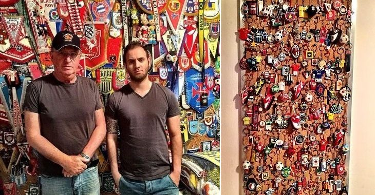 Pai e filho israelenses têm coleção de cachecóis, flâmulas, chaveiros e pins de futebol