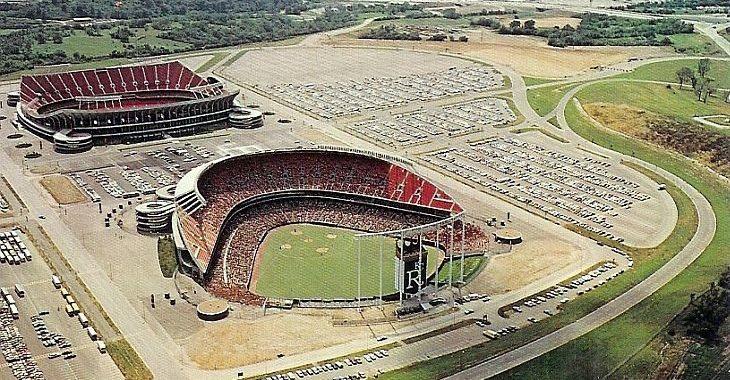 Americano comanda o maior site de venda de postais de estádios no mundo
