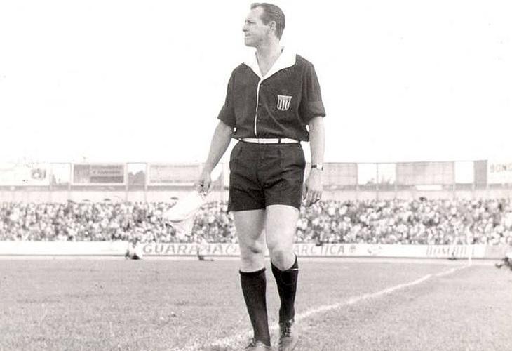 Airton Vieira de Moraes, árbitro na Copa de 1970, morreu em 2013 (Foto: Reprodução)