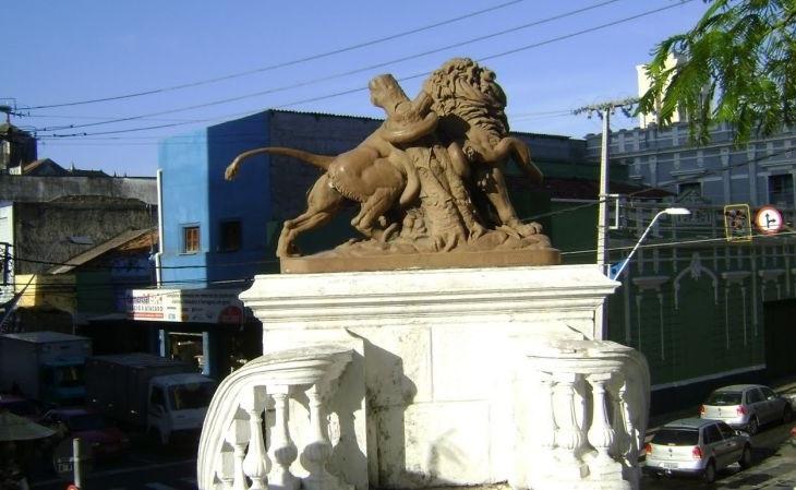 O mascote do clube foi herdado das estátuas da Praça dos Leões (Foto: Reprodução)