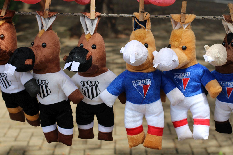 Também existem modelos menores, mais baratos (Foto: Rafael Luis Azevedo/Verminosos por Futebol)