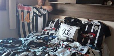Torcedor do Treze da Paraíba tem coleção com quase 150 camisas do time