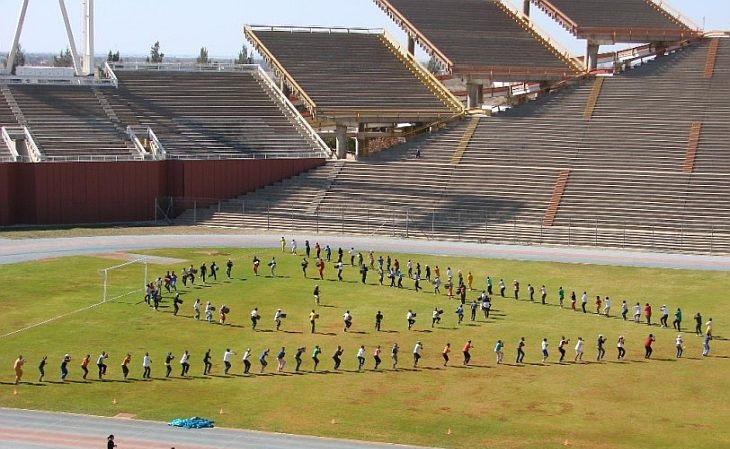 Hoje o estádio é campo de treinamentos de universidade local (Foto: Reprodução)