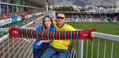 Cadeirante fã de viagens de futebol já conheceu quase 100 estádios de 17 países