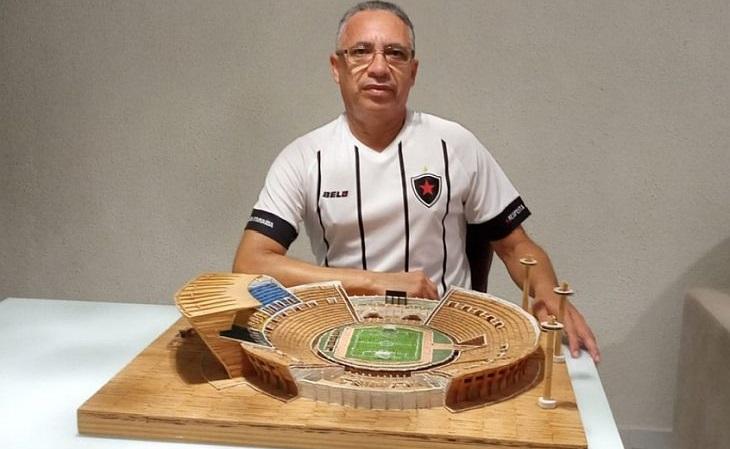 Sérgio Costa iniciou sua maquete em 2011. Trabalho concluído em 2020! (Foto: Acervo pessoal)