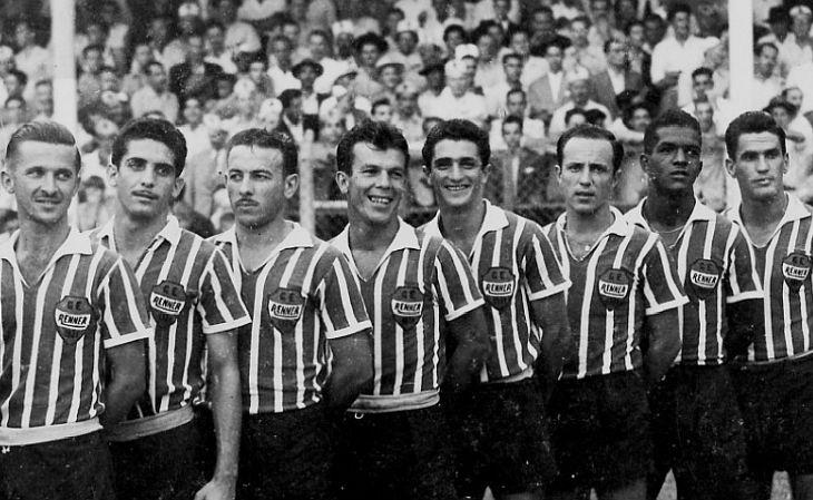 O Renner quebrou sequência de títulos de Grêmio e Internacional, em 1954 (Foto: Renner Vive)