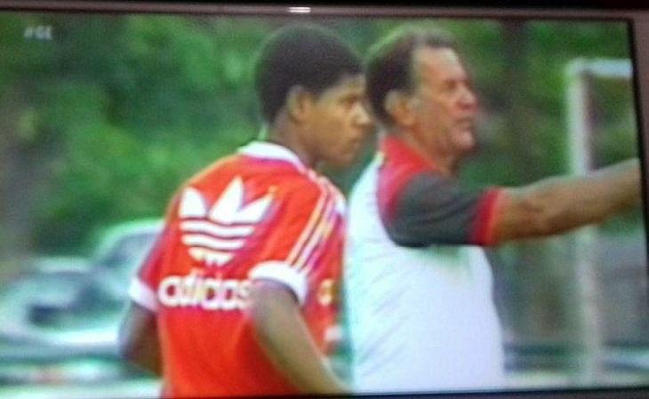 Nos anos 80, a maioria dos clubes brasileiros vestia Adidas. E treinava com essas camisas (Foto: Reprodução)