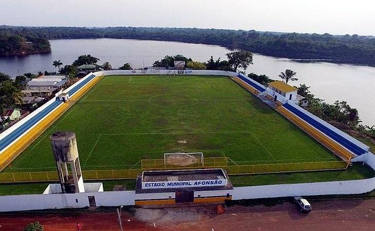 O estádio Afonsão, mantido pela prefeitura de Careiro, tem 8 mil lugares (Foto: Reprodução)