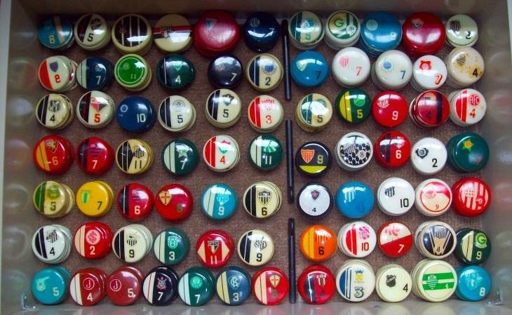 Ricardo Bucci coleciona antiguidades do futebol de botão (Acervo pessoal)
